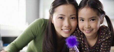 Kommer barns intelligens från deras mödrar?