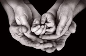 Flera generationers händer