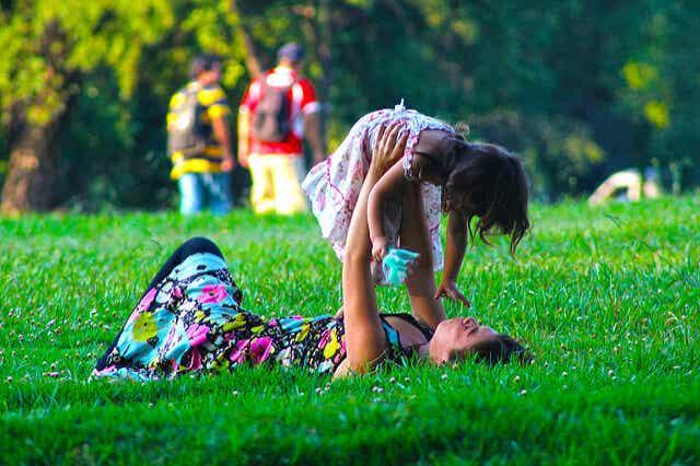 11 saker att göra med din dotter genom livet