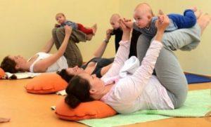 Yoga med bebis