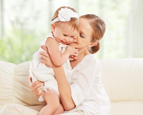 Att vara mamma till en dotter är att få en följeslagare för livet