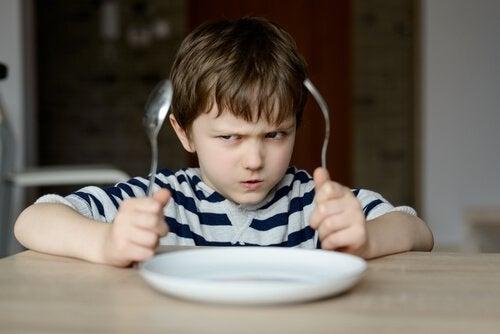 Varför vi inte ska tvinga barn att äta