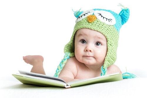 Stimulering för barn att utveckla sina sinnen: 0-6 månader