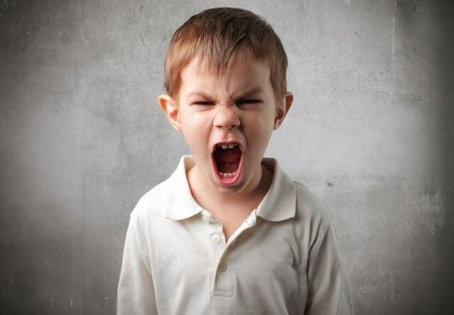 8 viktiga råd för att hantera ditt barns vredesutbrott