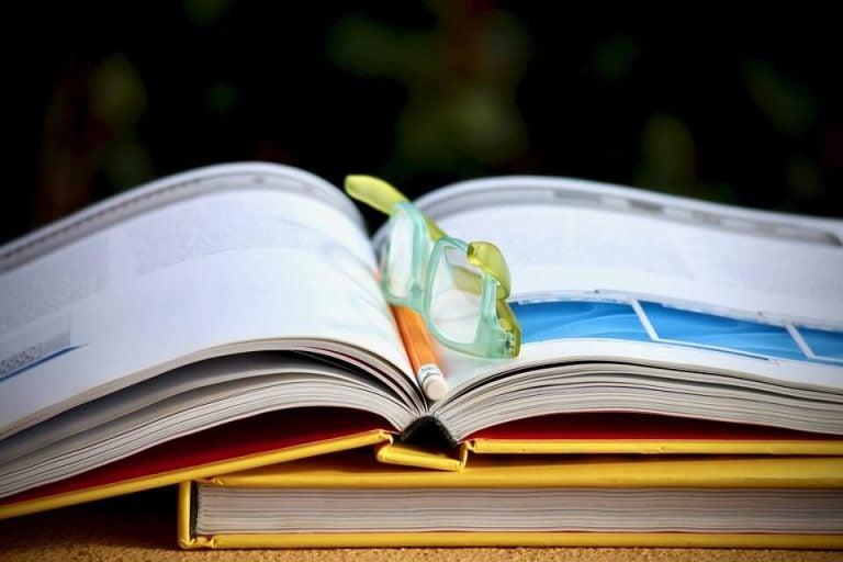 Gör studerande till en vana