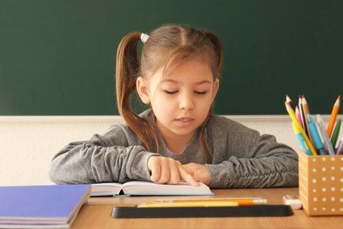 7 övningar för att lära sig att läsa
