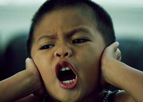 Följ dessa tips för att få stopp på skrikandet hemma