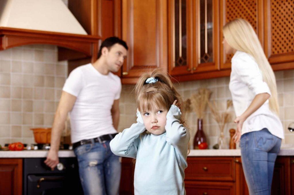 Föräldrars dåliga humör kan påverka barns känslomässiga utveckling