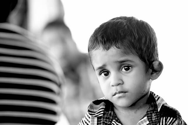 Hur man känner igen tecken på barnövergrepp då barnet inte säger något.