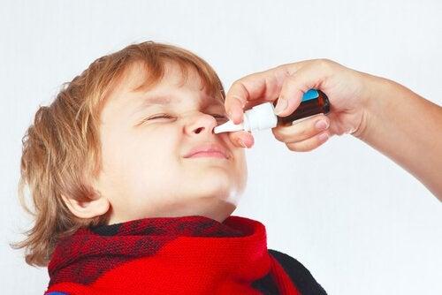 Hantera täppt näsa hos barn