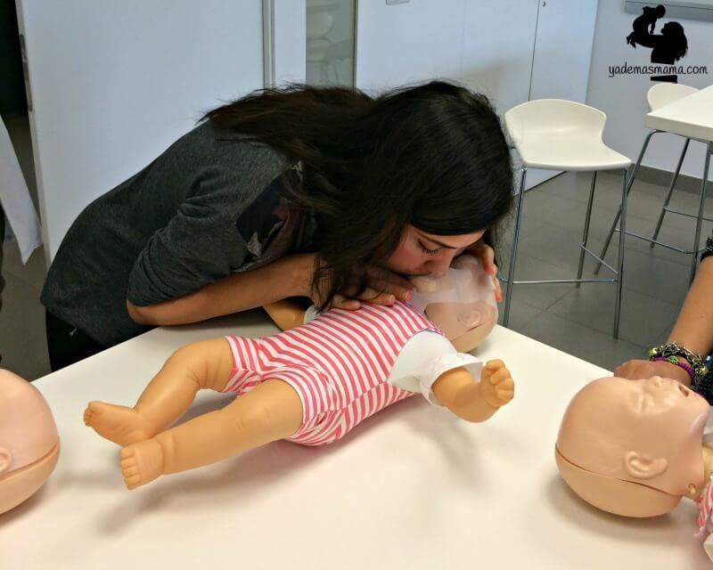 Viktigt! Hur man räddar sitt barns liv om det plötsligt slutar andas