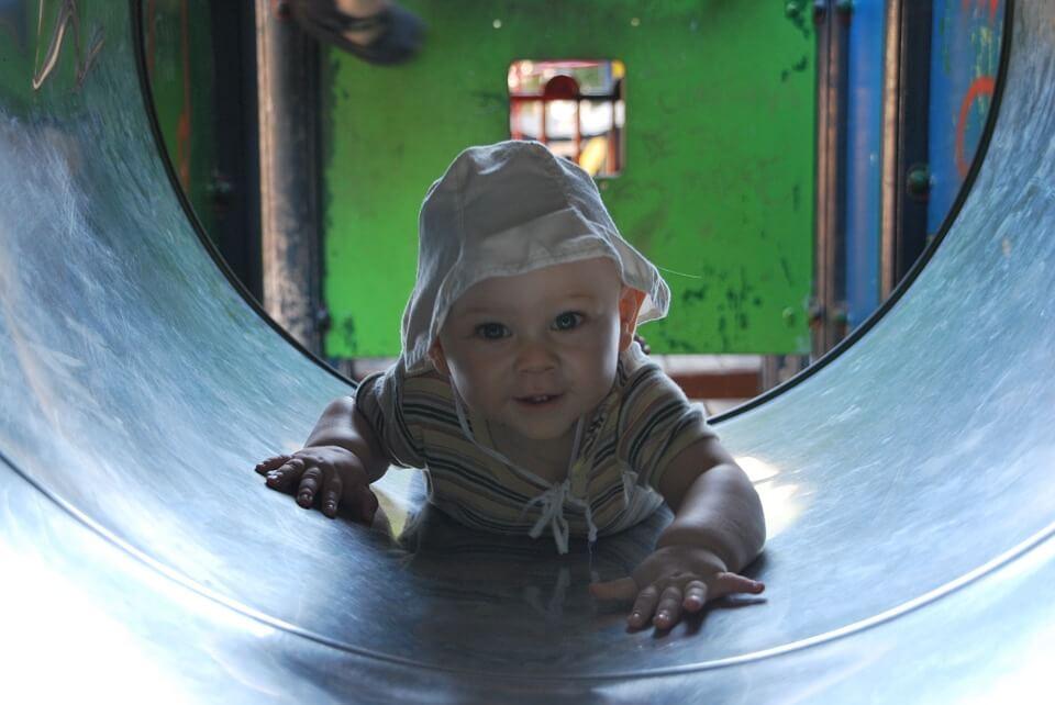 Vad händer i barns hjärnor när de leker?