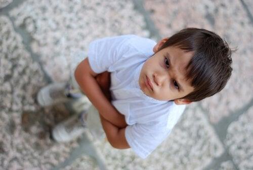 Ännu ett barn med låg frustrationstolerans.