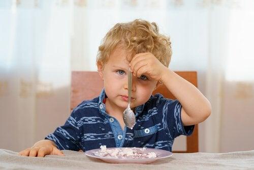 Barn matvägrar
