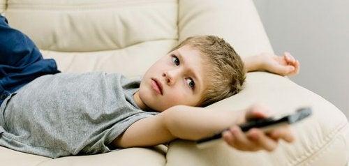Vanliga dåliga vanor hos barn som du bör rätta till