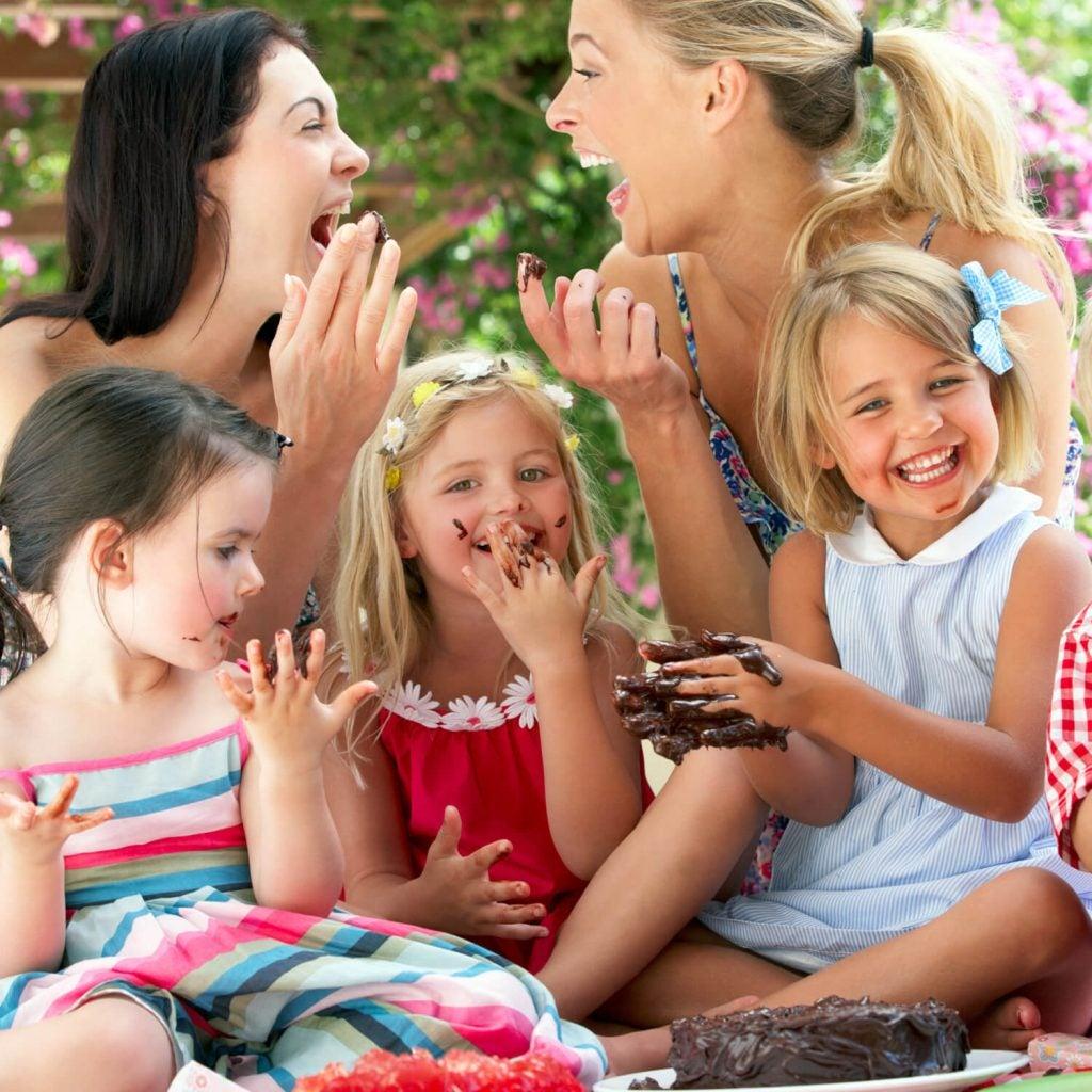 Vikten av en gudmor i våra barns liv