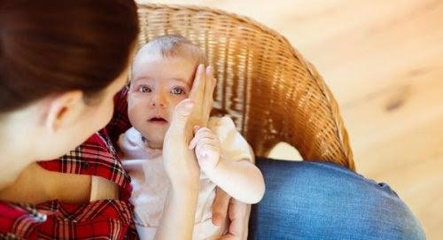 När din bebis trillar för första gången