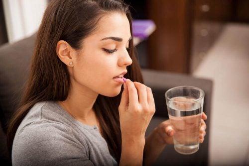 Myter om amning och medicinering