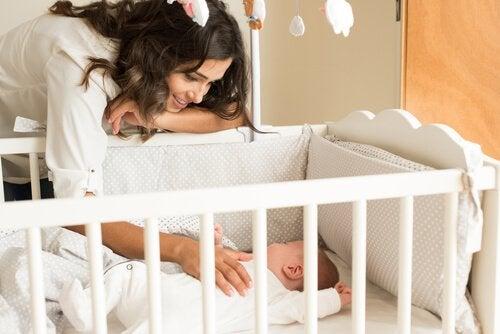 Hur ska babysängen vara utformad?