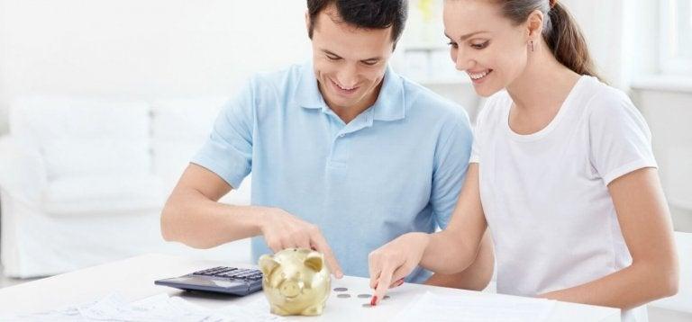 12 tips för föräldrar för att spara pengar