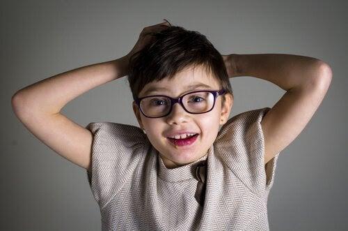Retts syndrom: symptom och behandling