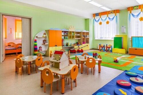 Att organisera ett klassrum enligt Montessorimetoden