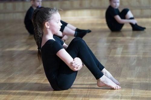 Fördelar med rytmisk gymnastik för barn