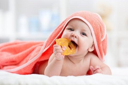 Framväxten av tänder kan ta upp till ett år