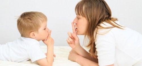 att lära barn tystnadens konst