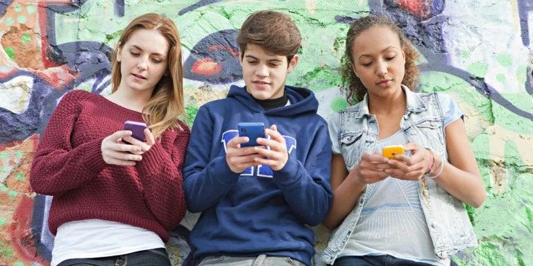 Nomofobi hos tonåringar och dess konsekvenser