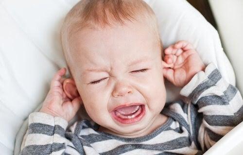 Olika typer av babygråt: baby som gråter