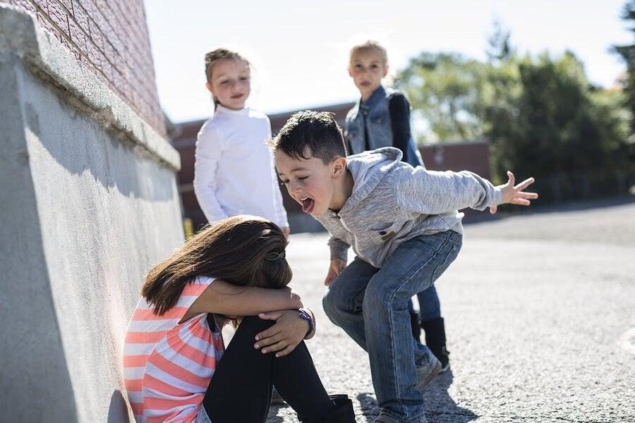 5 typer av mobbning du bör vara uppmärksam på