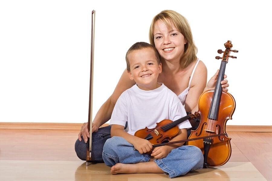 Fördelarna med att lära sig spela ett instrument