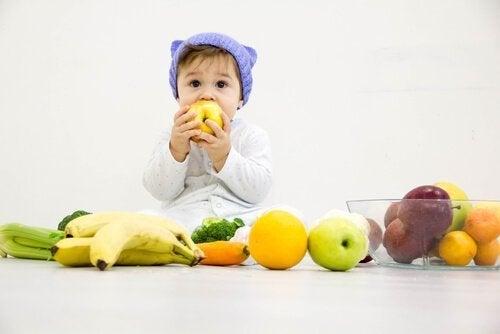 Frukt är godis för barn.