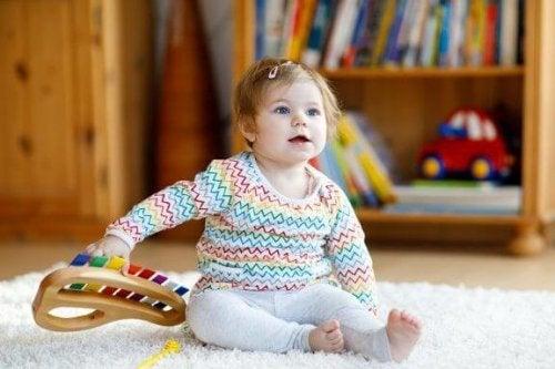 Musikaliska leksaker för barn och deras fördelar