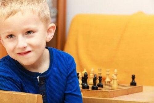 Undvik fyra misstag med begåvade barn
