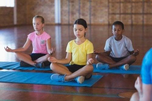 Fördelarna med meditation i klassrummet