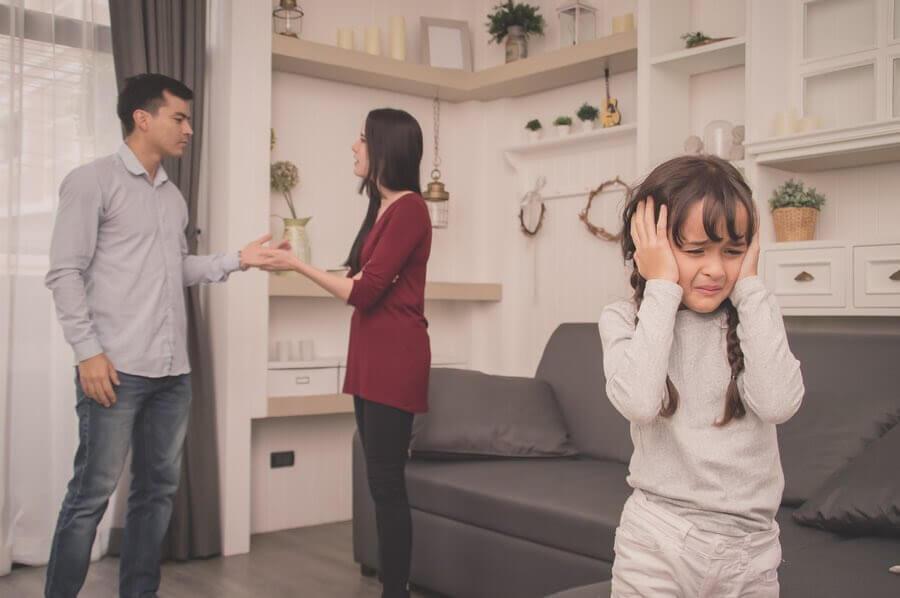 Föräldrar bör inte bråka så att deras barn ser det
