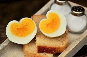 När ska man introducera ägg i barnens kost?
