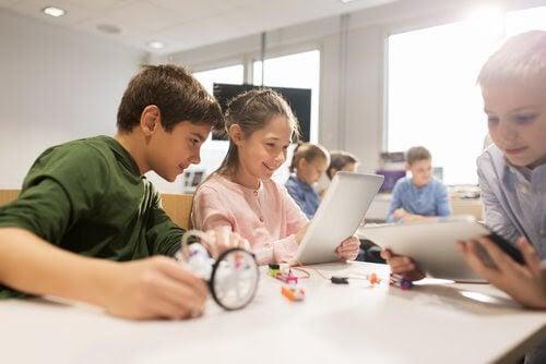 Barn i skolmiljö