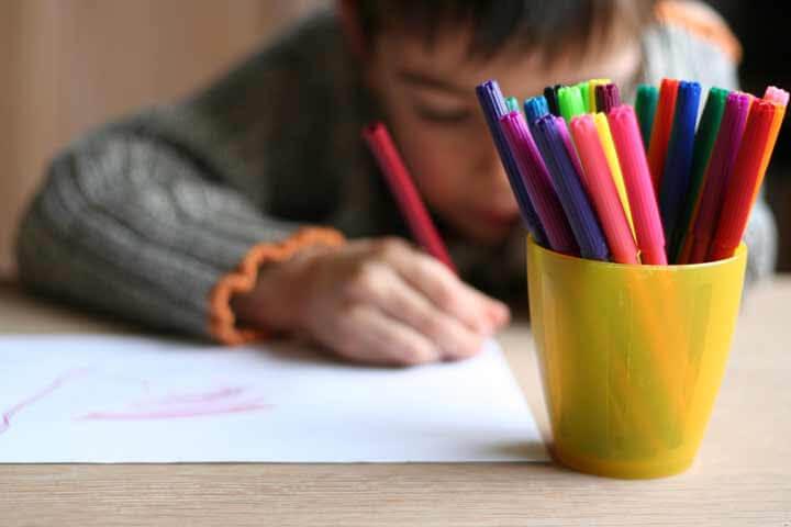 Vad kan du lära dig av dina barns teckningar?