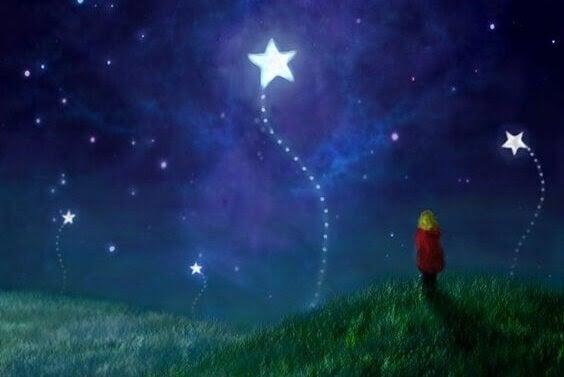 Barn tittar på stjärnorna