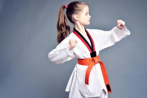Hur lär du dina barn självförsvar?