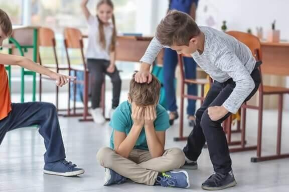 Hur man hanterar konflikter i klassrummet
