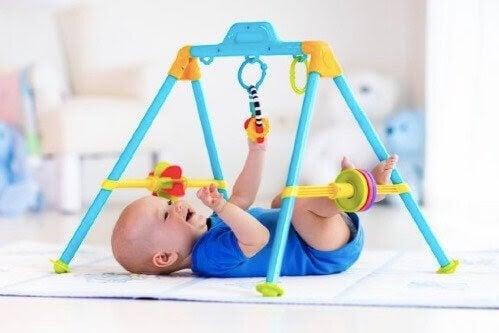 Stimulerande övningar för små barn