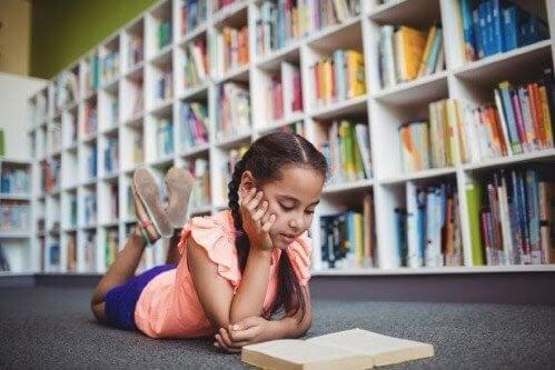 Hur påverkar kontext ett barns utbildning?