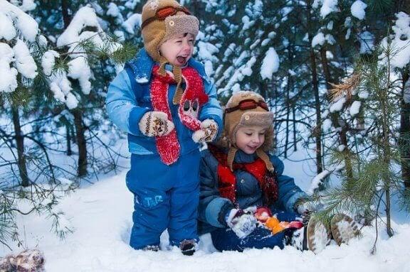10 snölekar för hela familjen