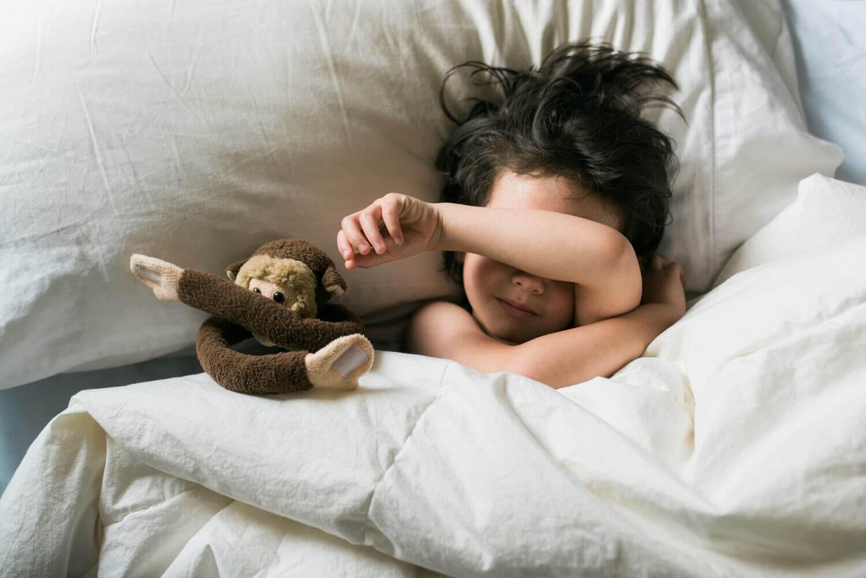 Vad är skillnaden mellan nattskräck och mardrömmar?