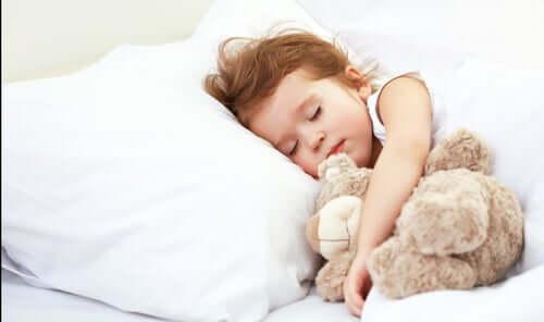 Från spjälsäng till säng utan tårar