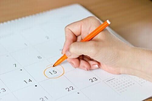 hand ringar in nr 15 i kalender